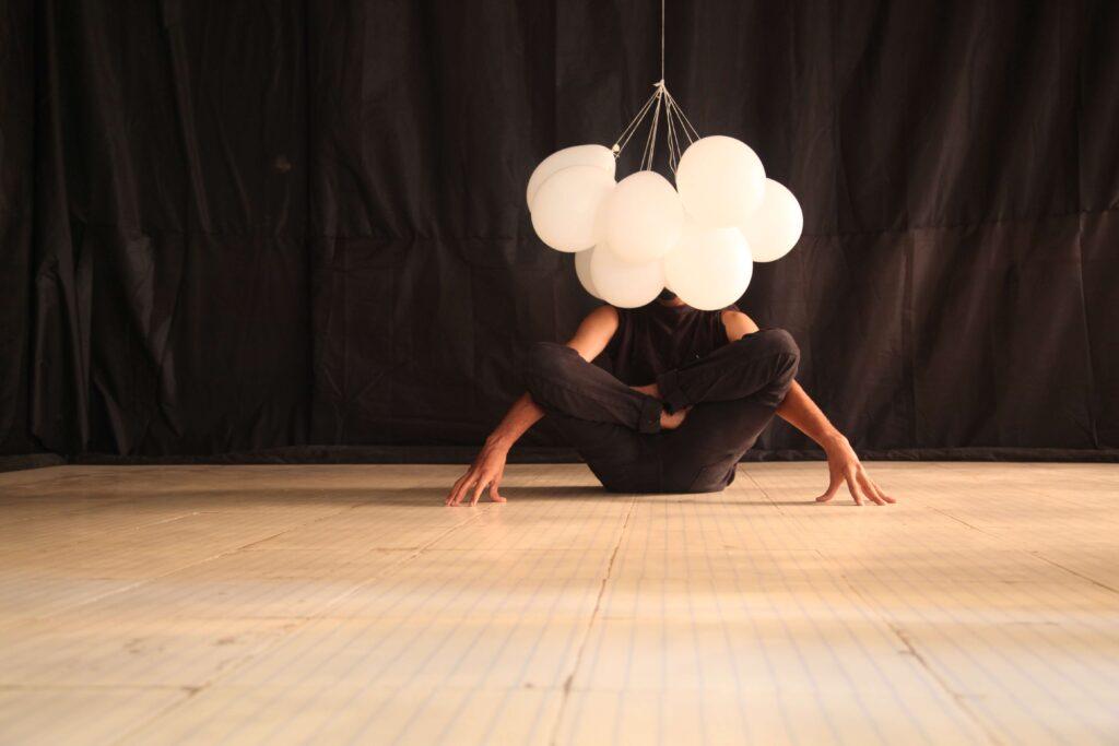 Performance teatrale, emotività e pensiero